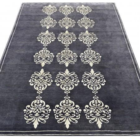 Dizajnérsky koberec New Baroque od Renaty Botev