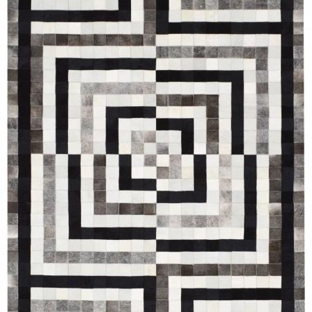 Dizajnérsky koberec STORY z kravskej kože od Renaty Botev